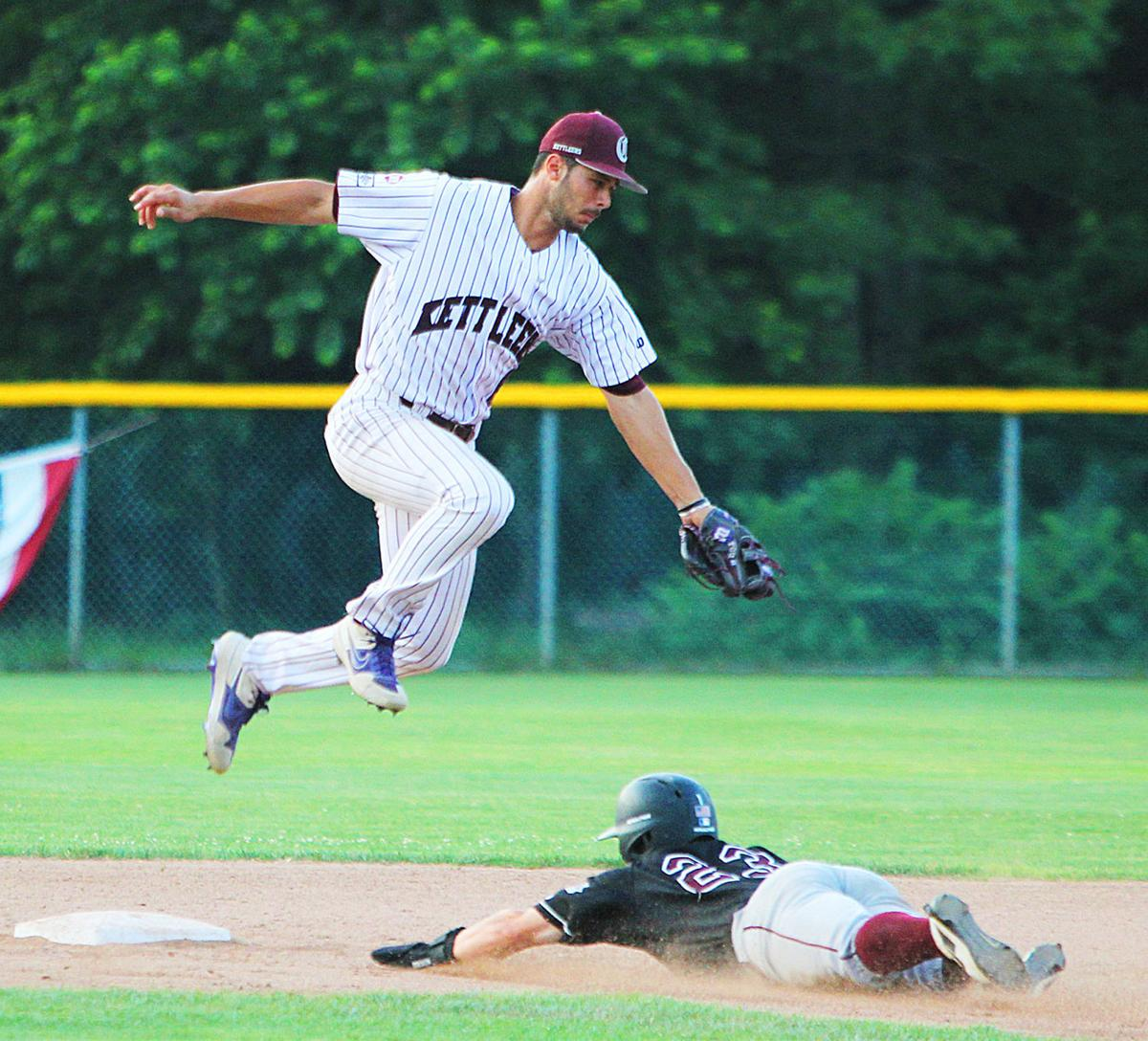 Cotuit Kettleers vs Falmouth - July 30, 2019