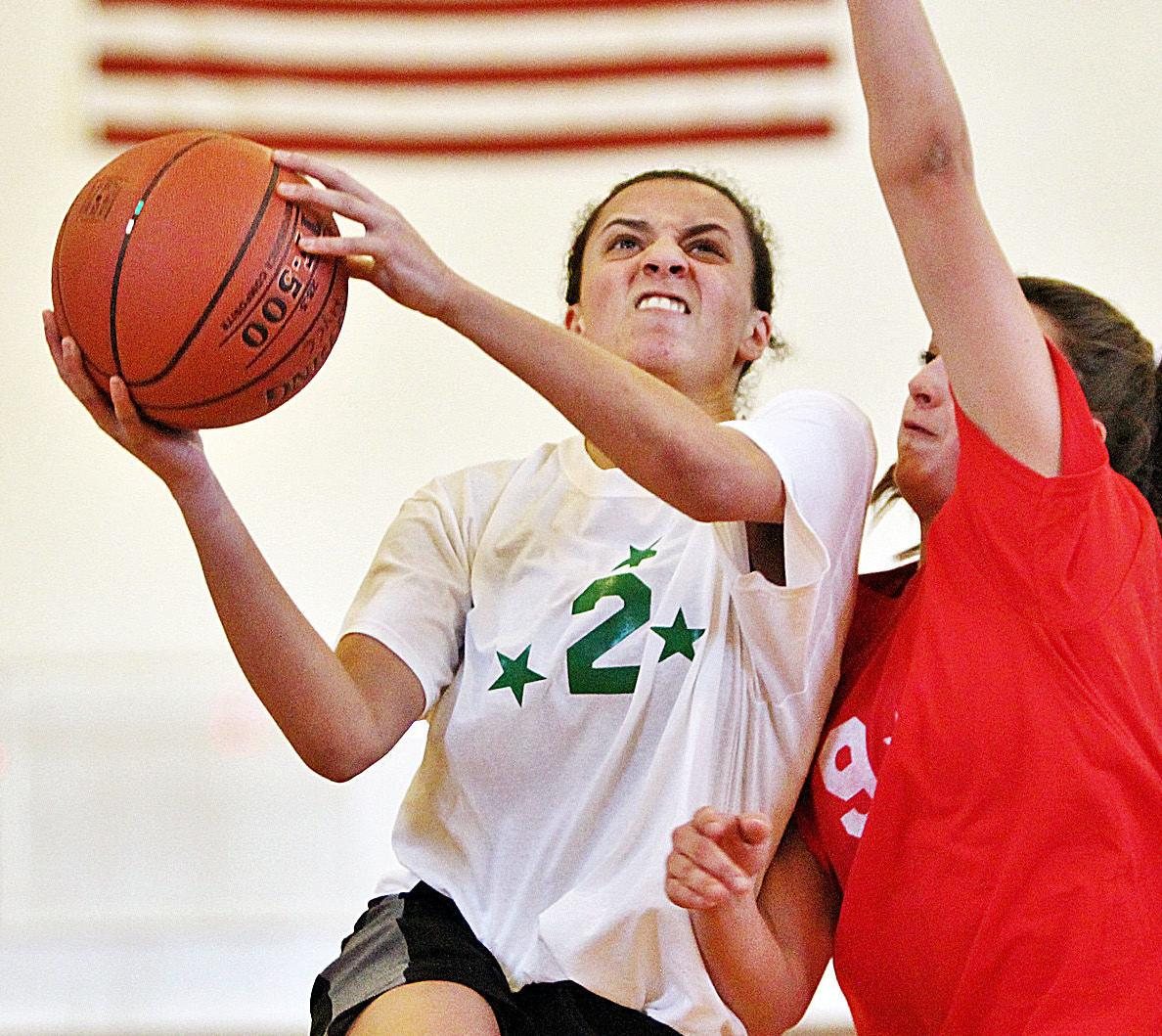 Team Lower Cape Girls Too Tall For Upper Cape | Bourne