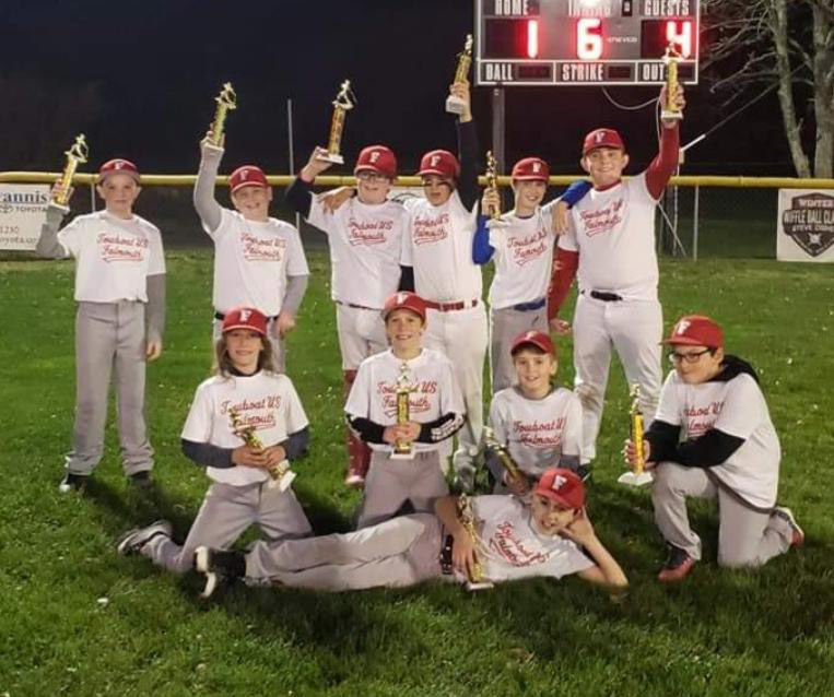Towboat Team Wins Fall Ball Title