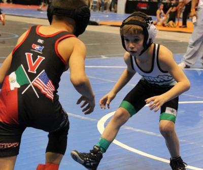 Youth wrestling season kicks off | Local Sports News