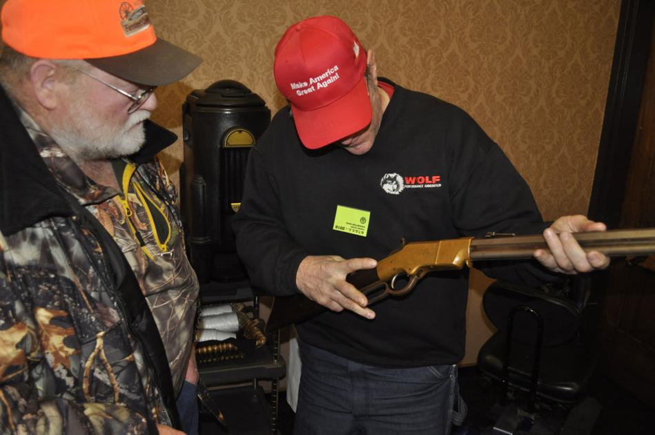 Gun collectors show in Pierre draws fans of historic weapons, buyers of newer ones