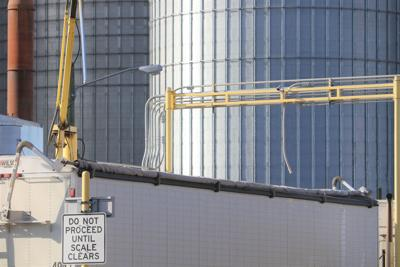Corn flowing into ethanol plants as harvest struggles continue
