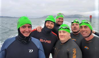 Six buddies swim from Alcatraz