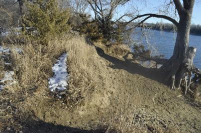 Woman's body found on Missouri River bank near Downs Marina in Pierre