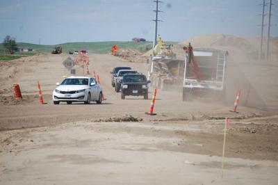 City commission approves four bids for road construction, landfill