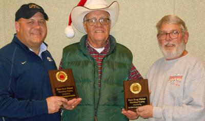 Fort Pierre's annual Christmas tree lighting again a hit