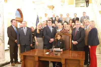 Kristi Noem signs gun bill
