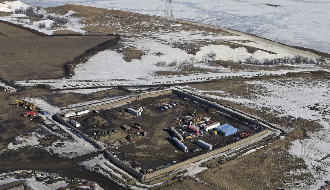 Judge allows Dakota Access pipeline to keep running