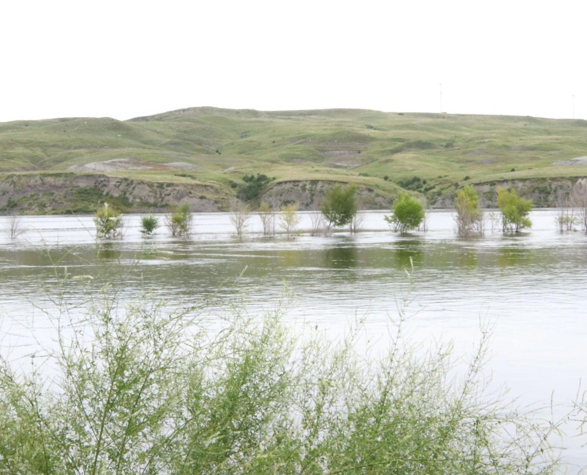 Swimming danger below Oahe Dam