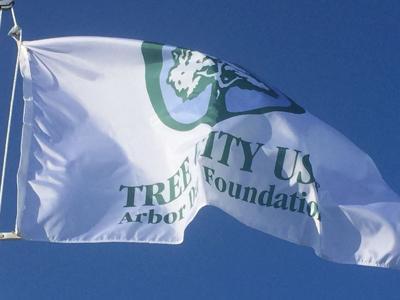 Pierre - Tree City USA - improves it new Community Orchard