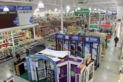 Big Menards opens | Local News Stories | capjournal com