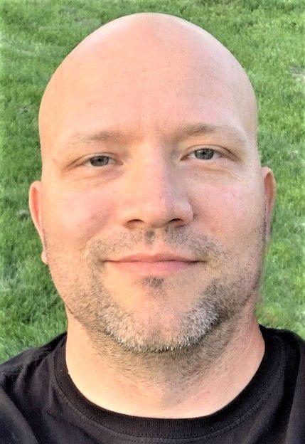 Lee Weber, 37