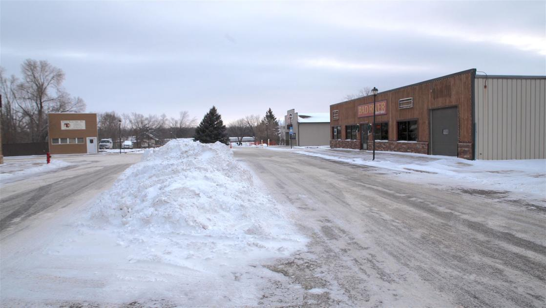 Snow tickets in Fort Pierre prompt city council questions