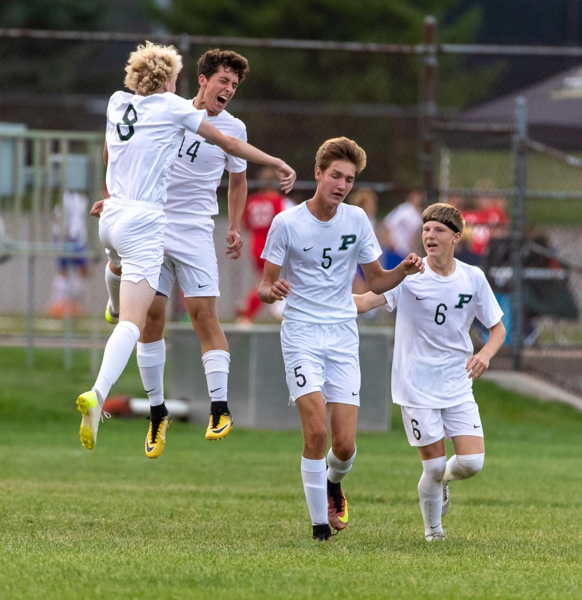 Govs boys soccer team gets first win under DeBoer | Local
