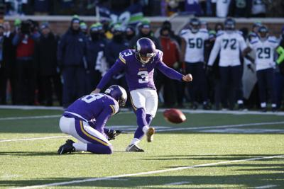 c9979e29 Cold defeat for Vikings as kick sails wide left in playoff loss to ...