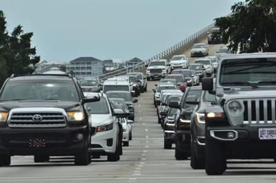 Crews to close lanes on Emerald Isle, Atlantic Beach bridges for maintenance