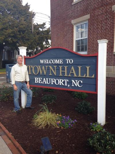 Beaufort town manager John Day to retire later this year