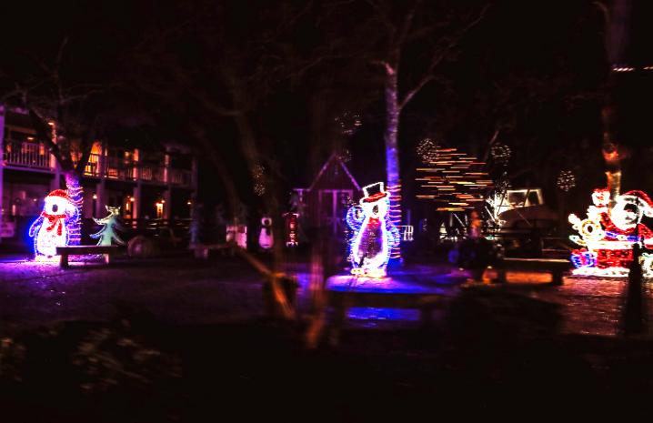 Beaufort Christmas Lights 2.png
