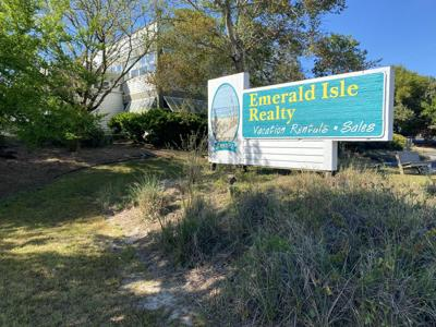 Town OKs Emerald Isle Realty plan to help ease highway traffic congestion