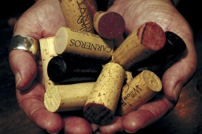 Beaufort Wine and Food offers online wine seminar