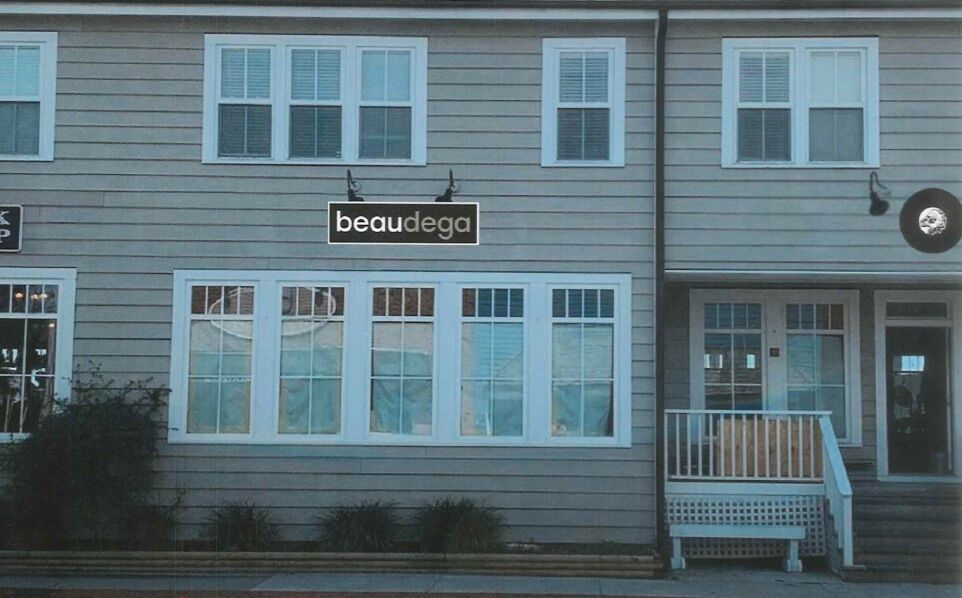 Beaufort historic board OKs shop signage, exterior changes to Front Street home