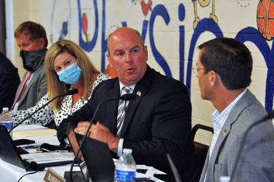 Carteret County school board votes 5-2 to keep mask mandate in place until October