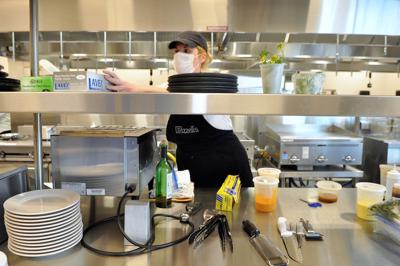 Carteret Community College hosts preliminary round of statewide chefs' competition