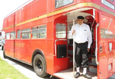 Curtis Oden to act as guide on vintage double-decker bus