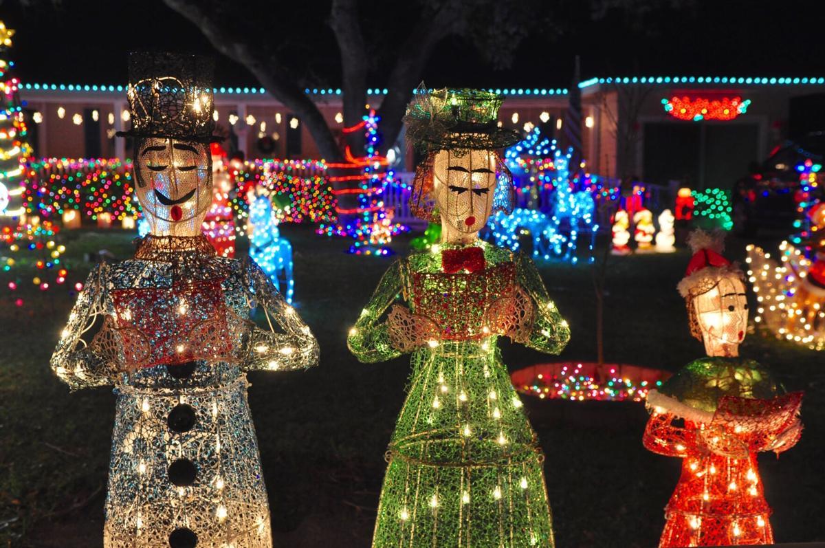 Christmas Lights 10.jpg