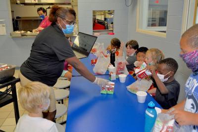 Carteret County Schools provides free meals to children through summer program