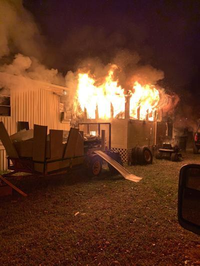 Fire rips through Morehead City home early Thursday