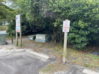 Emerald Isle commission approves plan for more golf cart spaces at Lee Avenue access