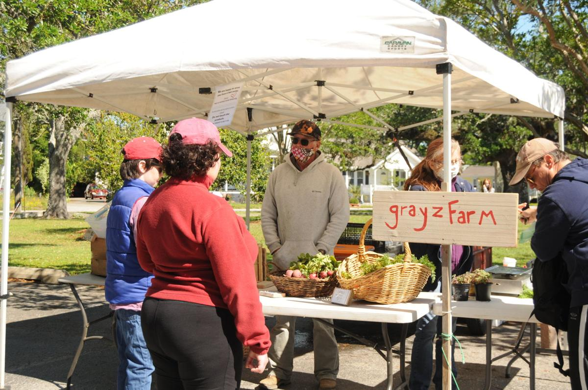Amid pandemic, farmers' market offers fresh food to community