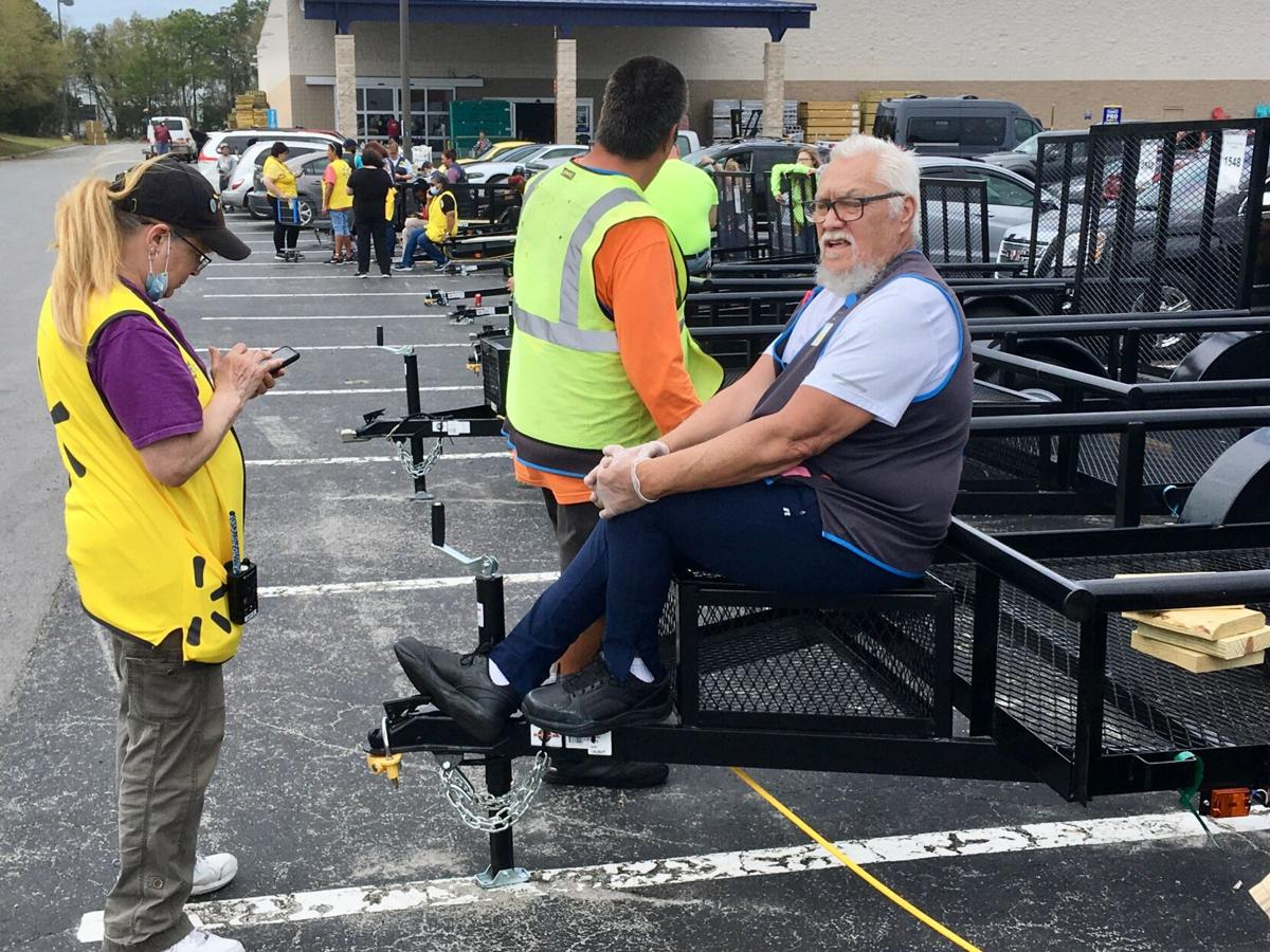 Officials evacuate Morehead City Walmart in response to bomb threat