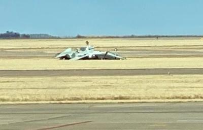 Two Airmen die in  jet crash