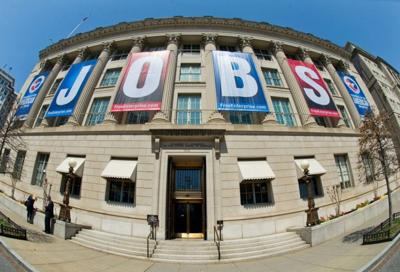 Booming jobs and falling gas prices make for best economy in 15 years