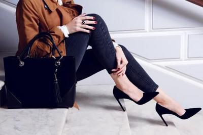 Why Women's Feet Hurt More in Autumn and What You Can Do About It