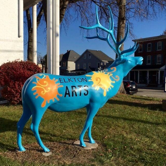 Elk statue damaged