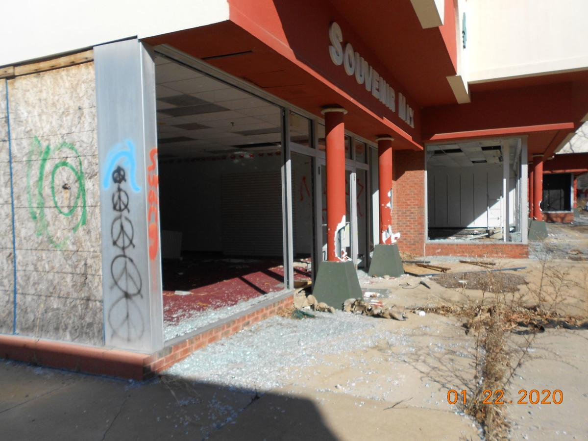 Owner of former Perryville Outlets to try again for warehouses