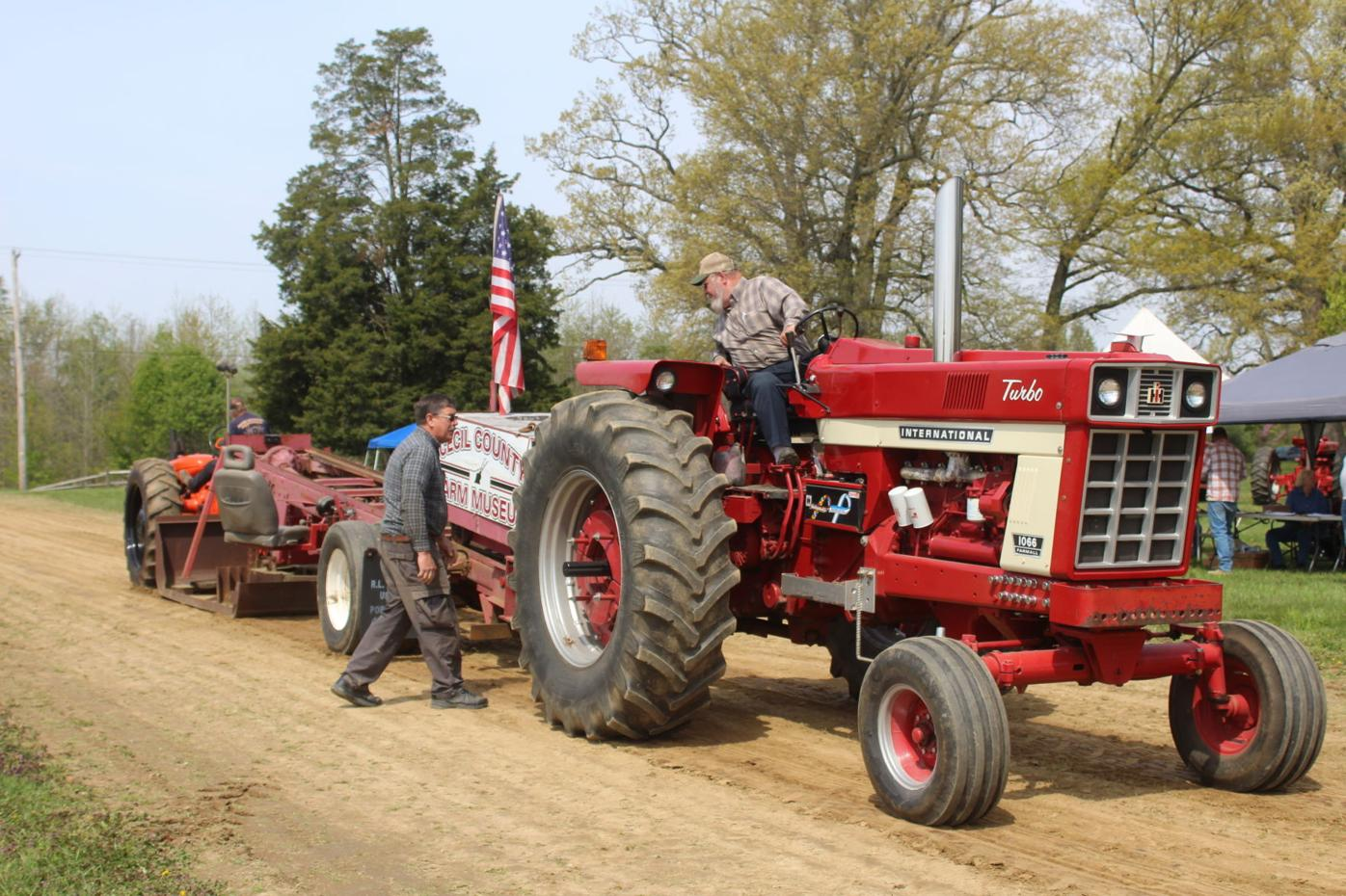 Tractor pull is a sigh of relief for fans, pullers