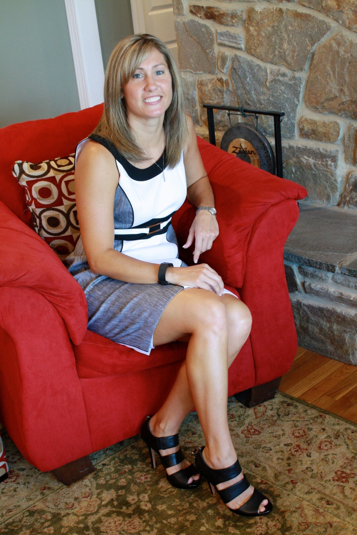 Stepping Out State Farm Agent Goes From Dresses To Jerseys Misc Features Cecildaily Com