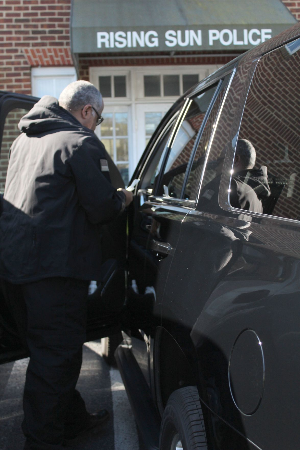 Police ISO cleaning wipes to stay healthy on patrol