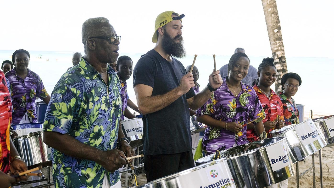 Amazing Race Beard Bros