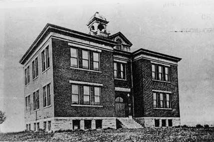 Hist Soc News High School Review