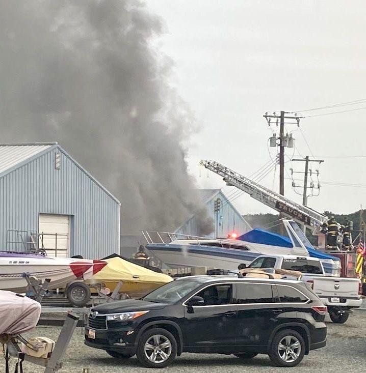 Earleville marina fire