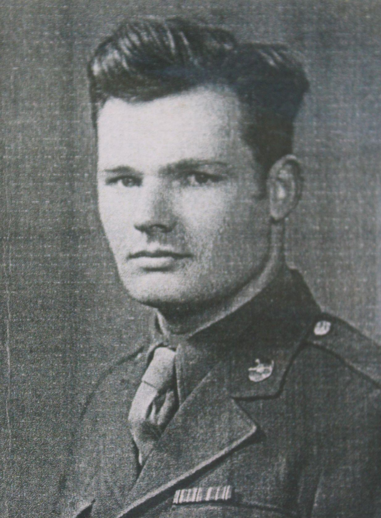 Joseph Wiggins recalls D-day, Battle of the Bulge