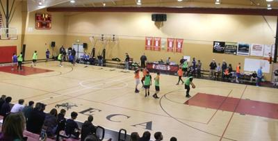Teen basketball tourney