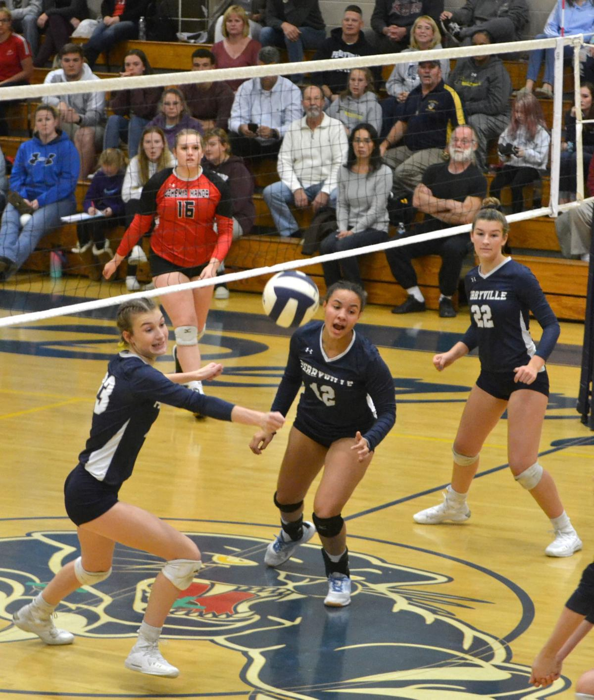 Panthers earn playoff sweep of Eagles