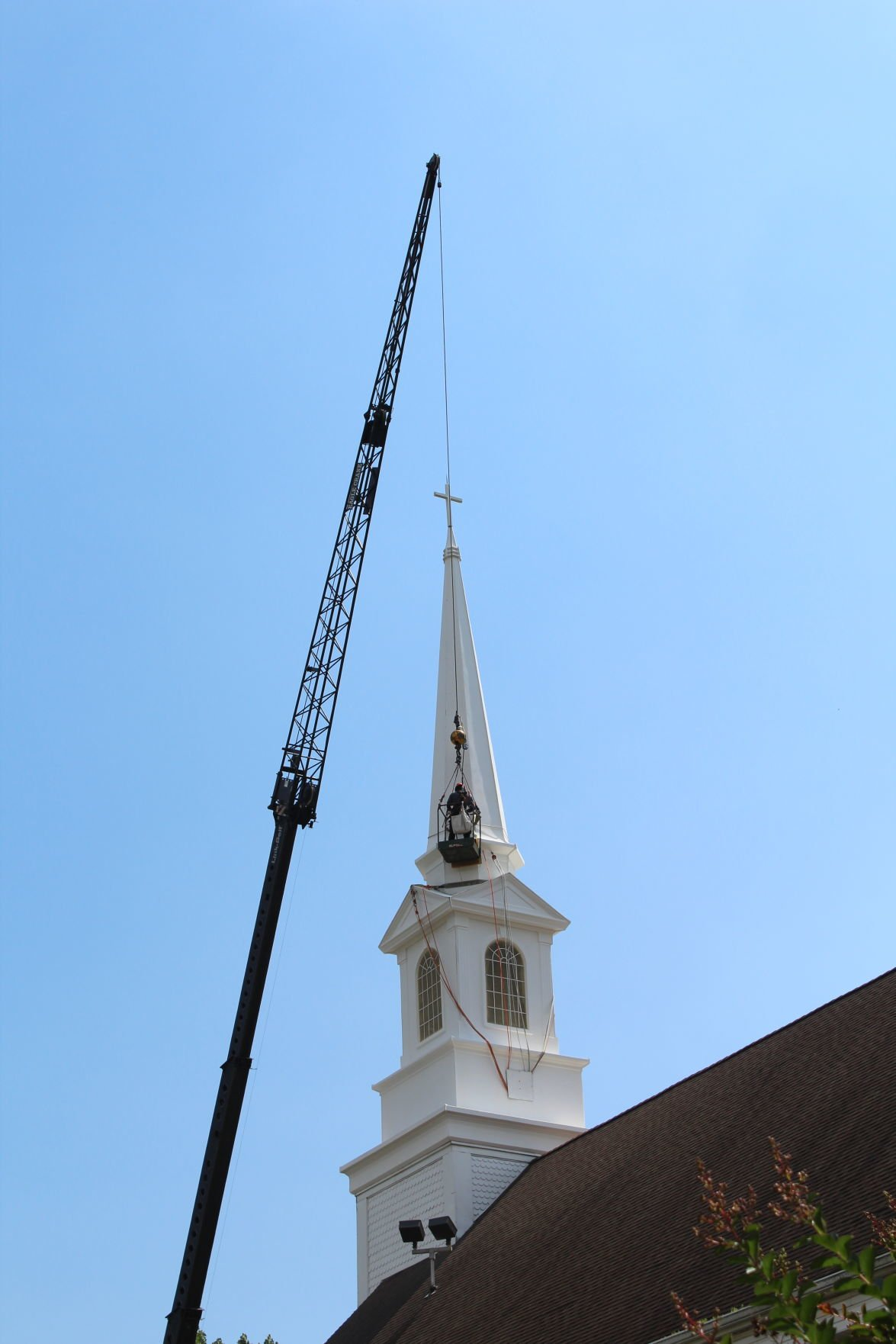 Elkton UMC rehabs its steeple
