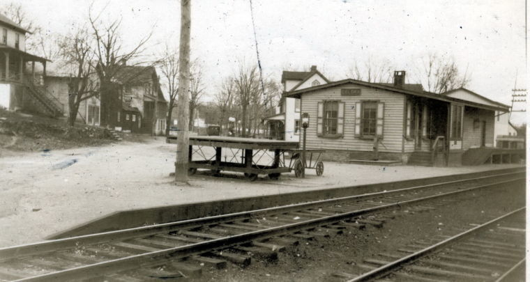 Colora railroad station.jpg